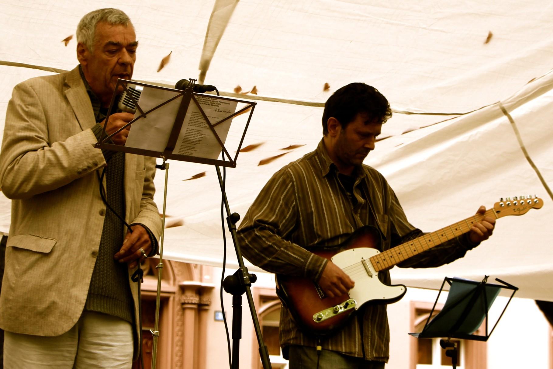 Roger Monnerat & Stephan Anastasia zeigen musikalische Poesie