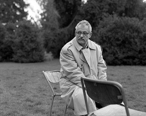 Hansjörg Schneider, Schriftsteller, Kannenfeldpark Basel 2001 ©AyseYavas