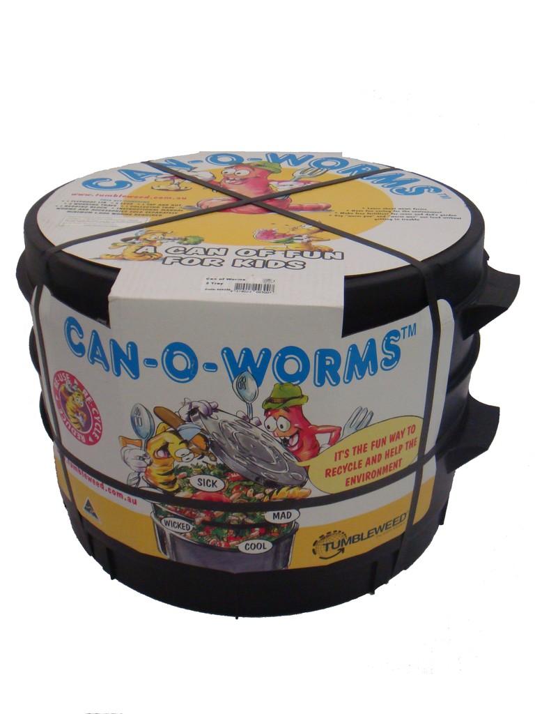 CAN-O-WORMS tiene un práctico empaque que también se utiliza en el proceso de composta.