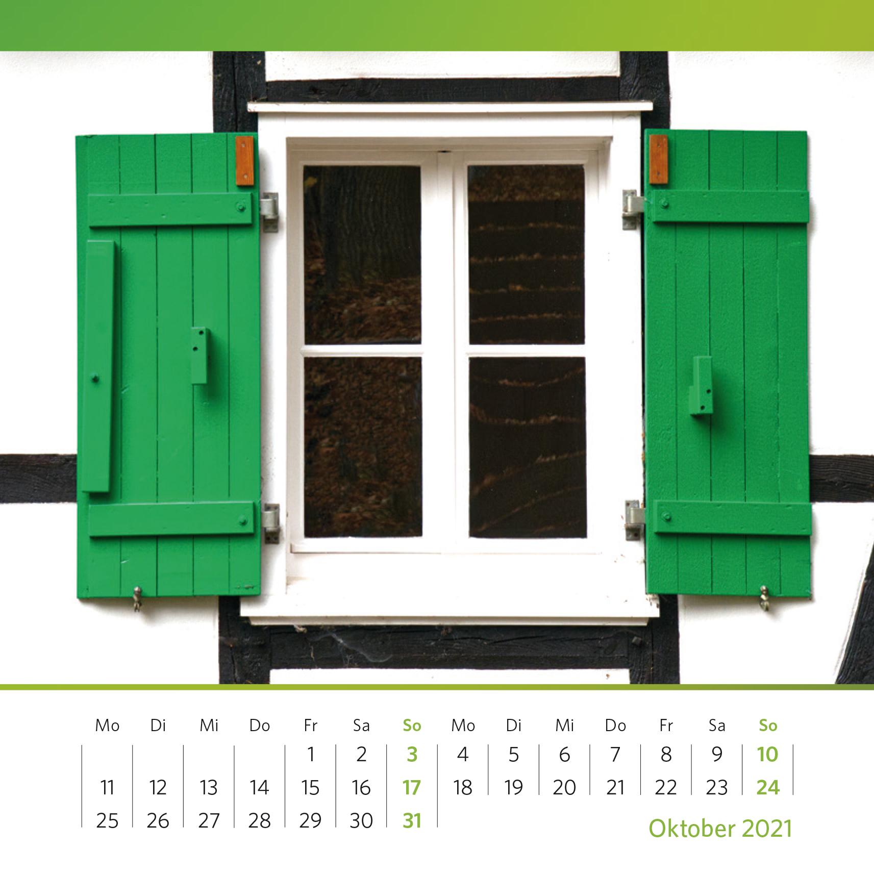 """Grüne Fensterläden, schwarze Balken und weiße Gefache bekannt als """"Der Bergische Dreiklang"""". Foto: Oliver Kolken"""