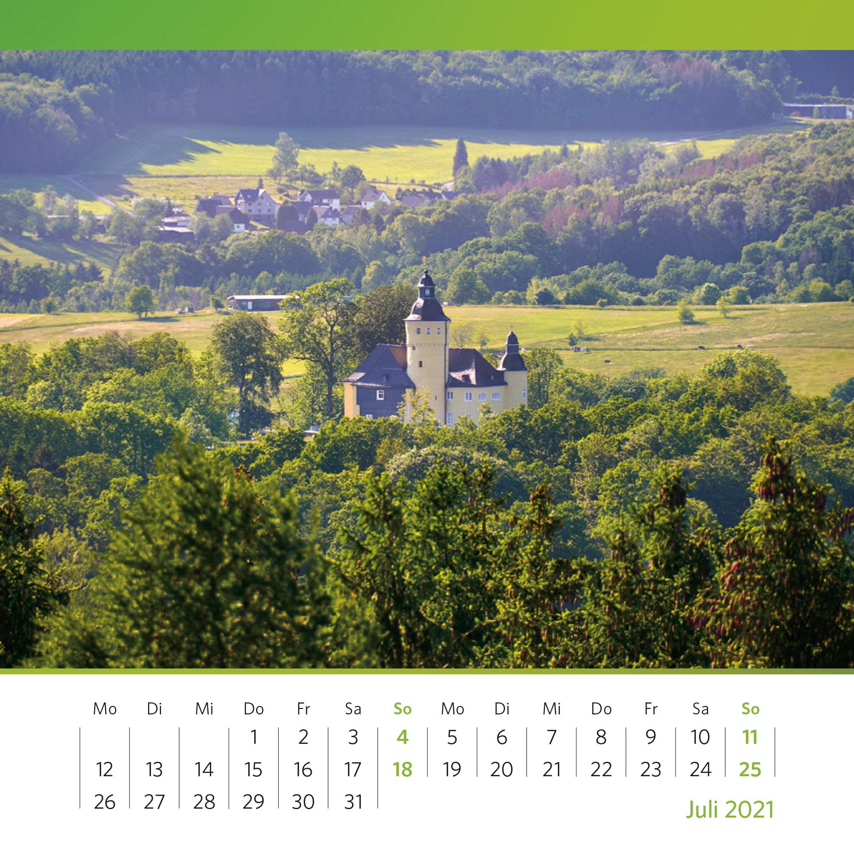 Schloss Homburg im Grünen. Aufnahme vom Aussichtsturm in Nümbrecht, 2020. Foto: Annika Kolken
