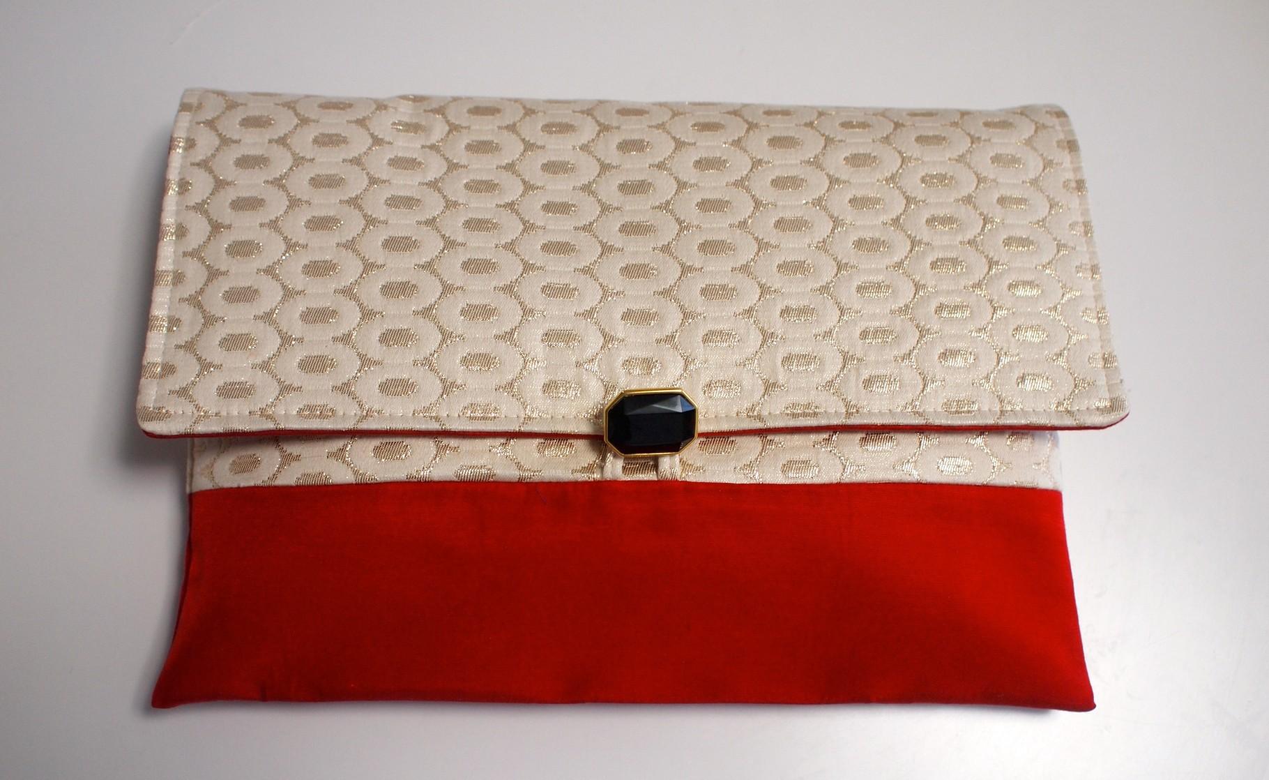 nd-980/01 リングジャガードクラッチバッグ 赤 ¥14,040 (13,000)