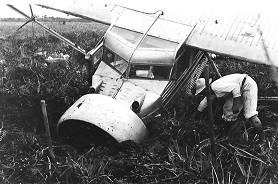 Самолет Джимми Энджела El Rio Caroni после неудачного приземления на вершине столовой горы Ауян-Тепуй