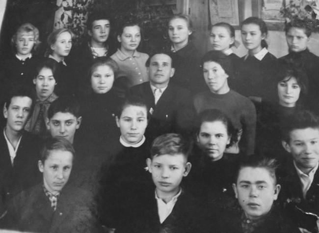 Екатерининская школа 1964 г. 6 класс