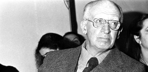 """Il nome di Guido Calogero, teorico del liberalsocialismo, è rimasto legato soprattutto alla sua """"Filosofia del dialogo"""" (1962) che presenta alcune importanti analogie con il pensiero di Emmanuel Levinas"""