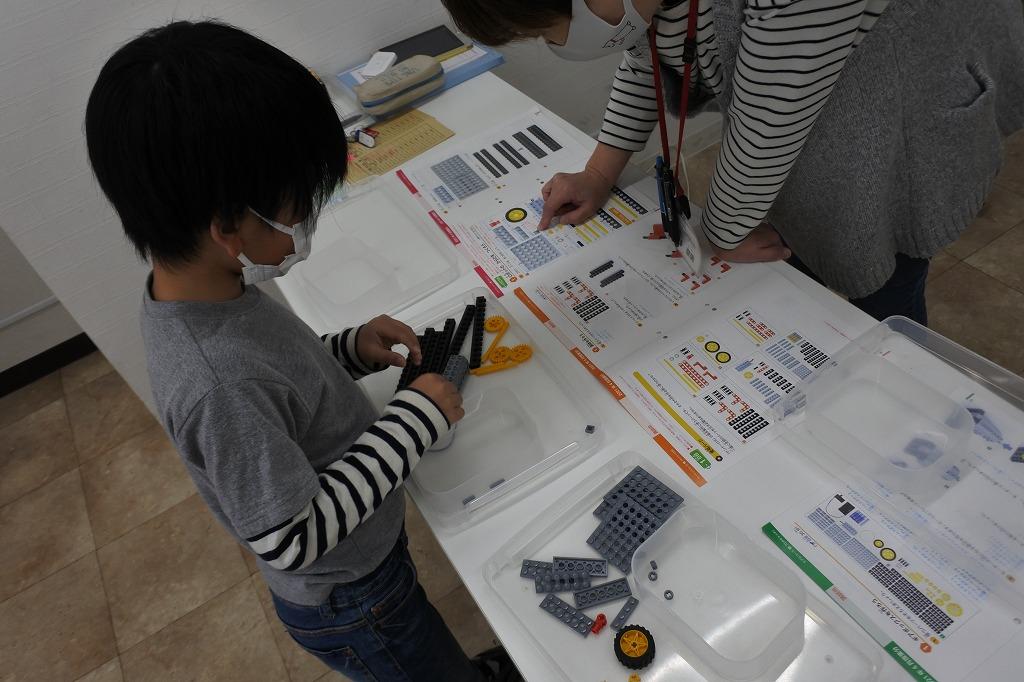 ロボットプログラミング教室は木金土日開講中です!