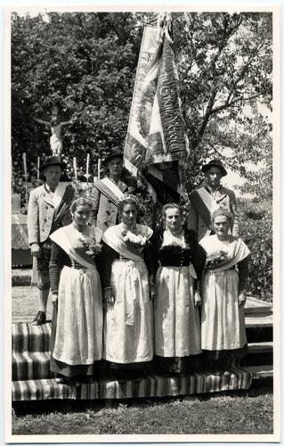 1955 - 50-jähriges Stiftungsfest mit Fahnenweihe