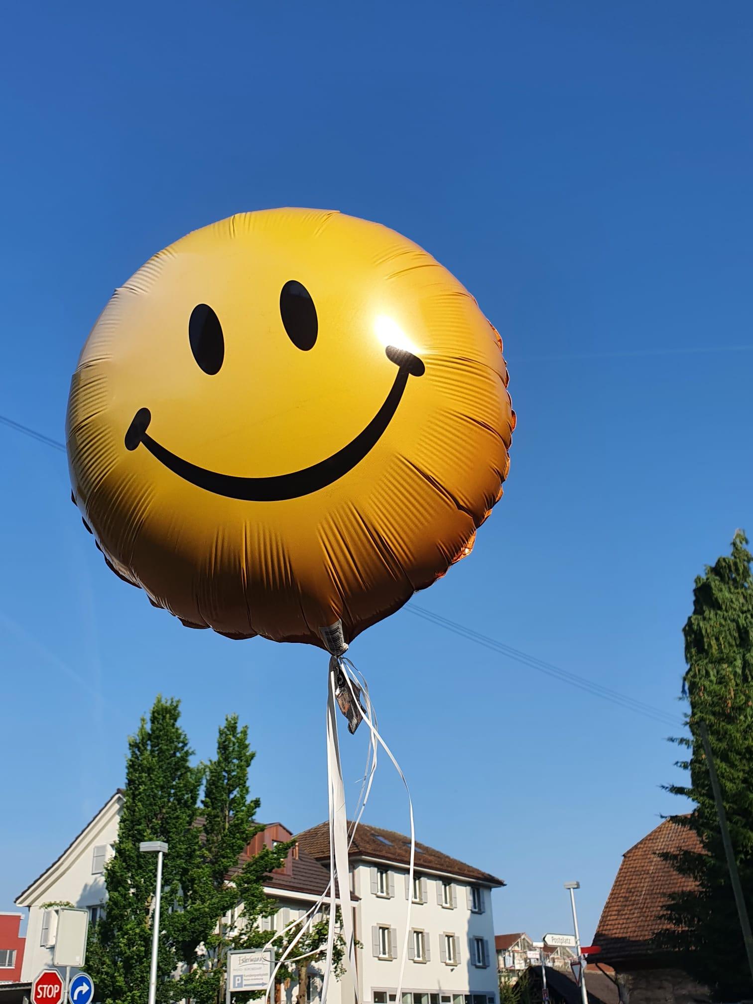 "Helium-gefüllter Folien-Ballon ""Smile"""