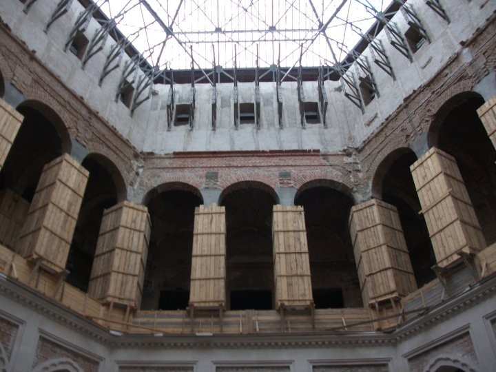 Inside Vijecnica during the phase of restoration