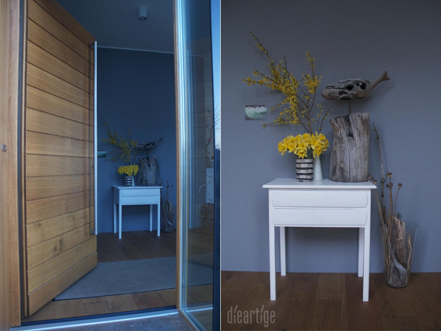dieartige - Das Abendblau und Gelb / Eingangsbereich mit Eichentür