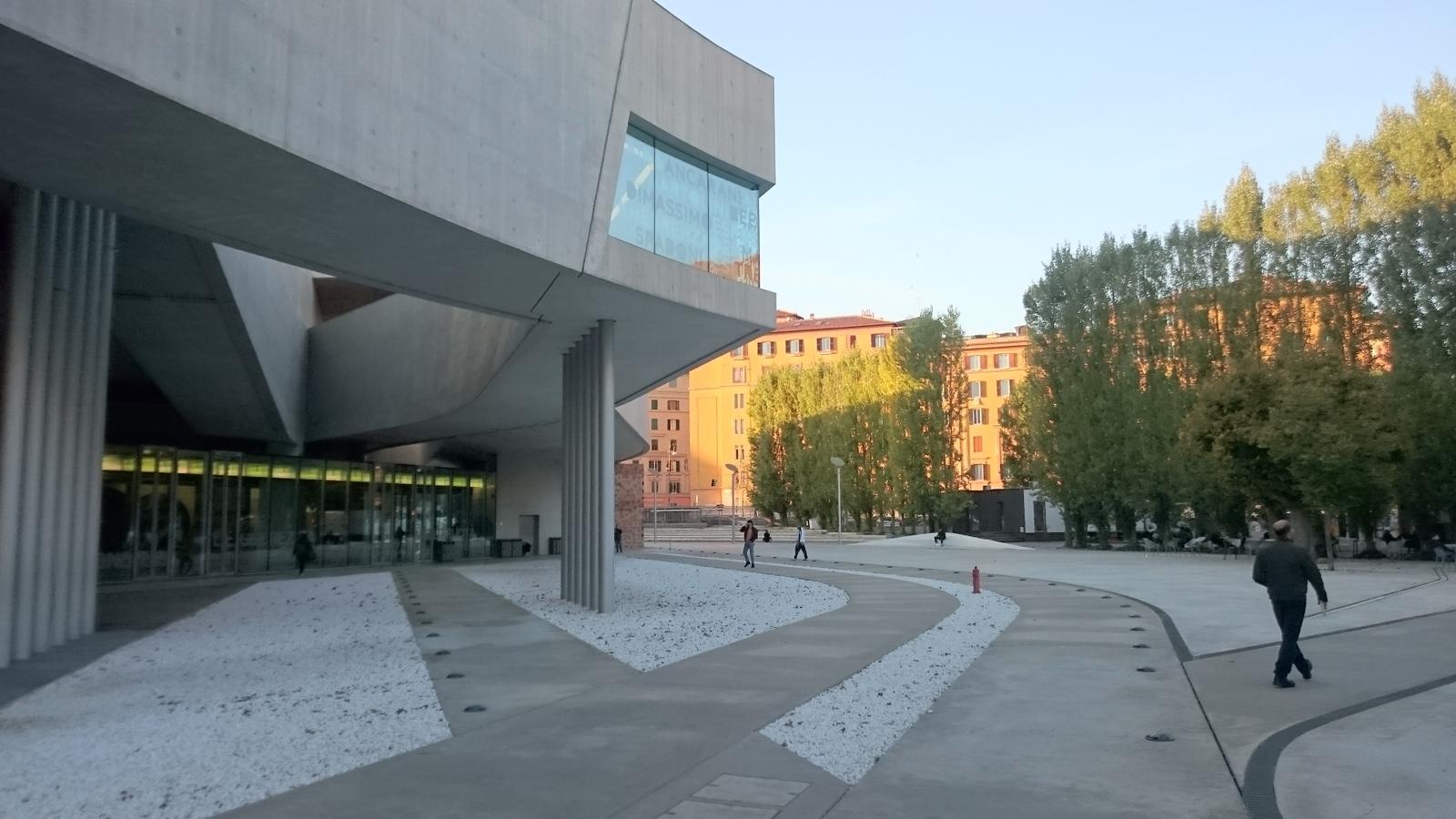 Der Platz vor dem MAXXI ist seit der Eröffnung ein beliebter öffentlicher Raum geworden