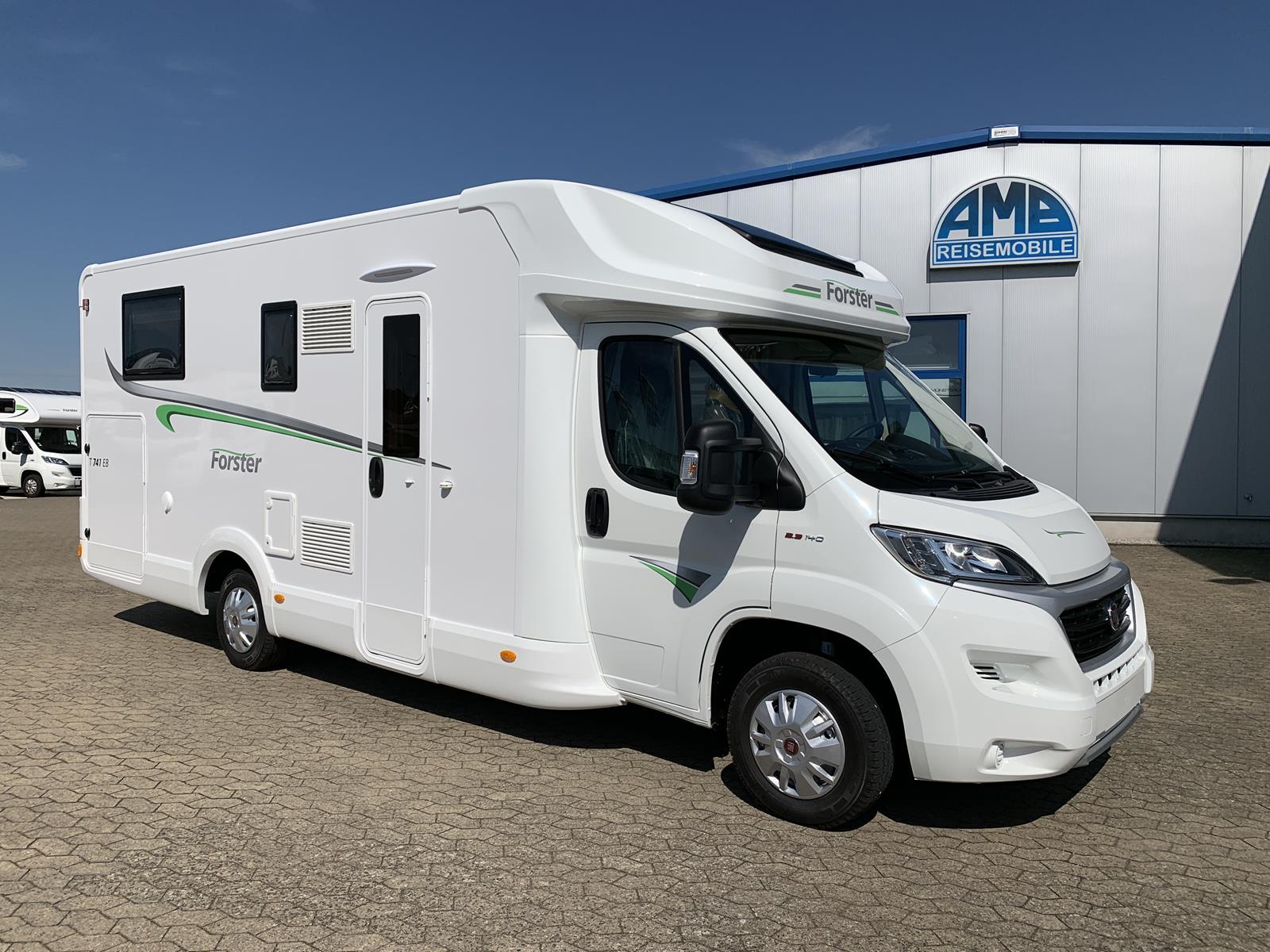 Forster T 8 QB Wohnmobil mieten - AMB Reisemobile GmbH - Camping