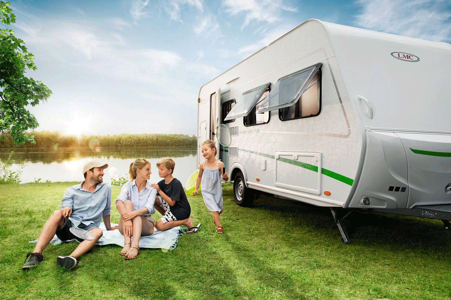 LMC Caravan Wohnwagen Aussenfoto