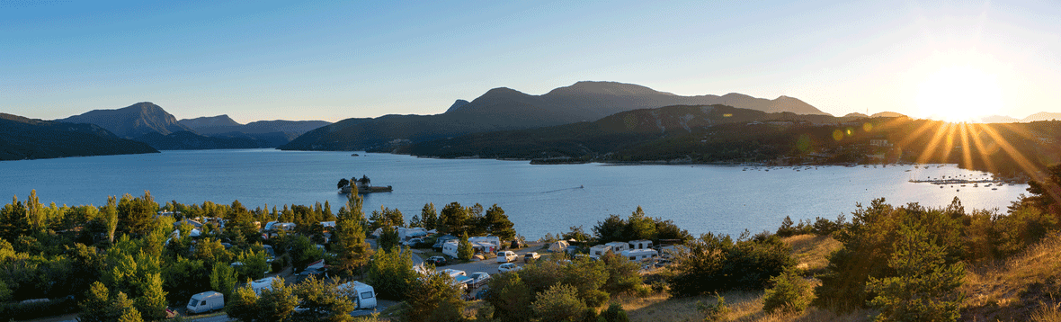 Foto Campingplatz - Unsere Werkstatt arbeitet damit Sie sorglos reisen können.