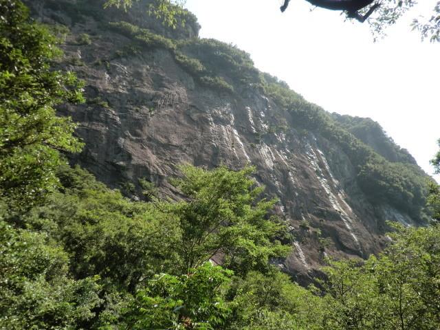 城山の南壁