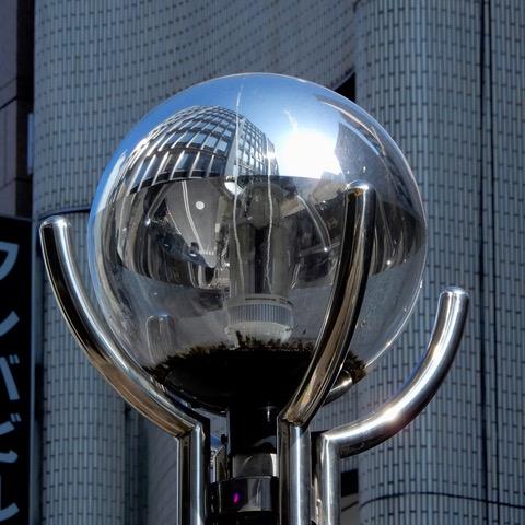 球体の中の街0226