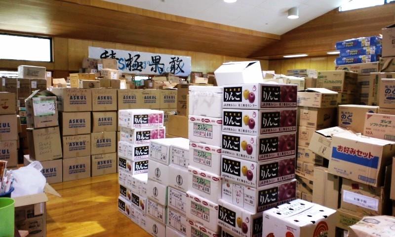 南三陸町志津川中学校:避難所の物資倉庫(仕分け作業を担当)