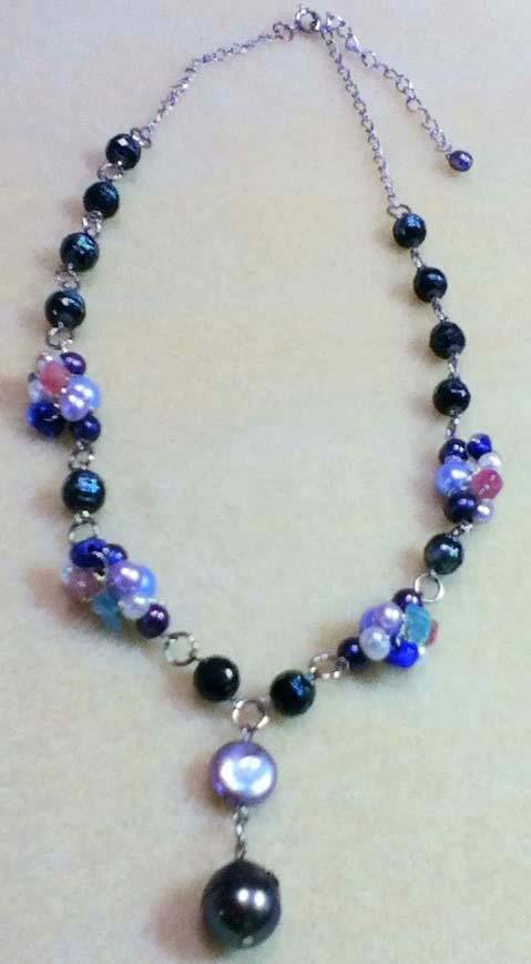 カット真珠のネックレス