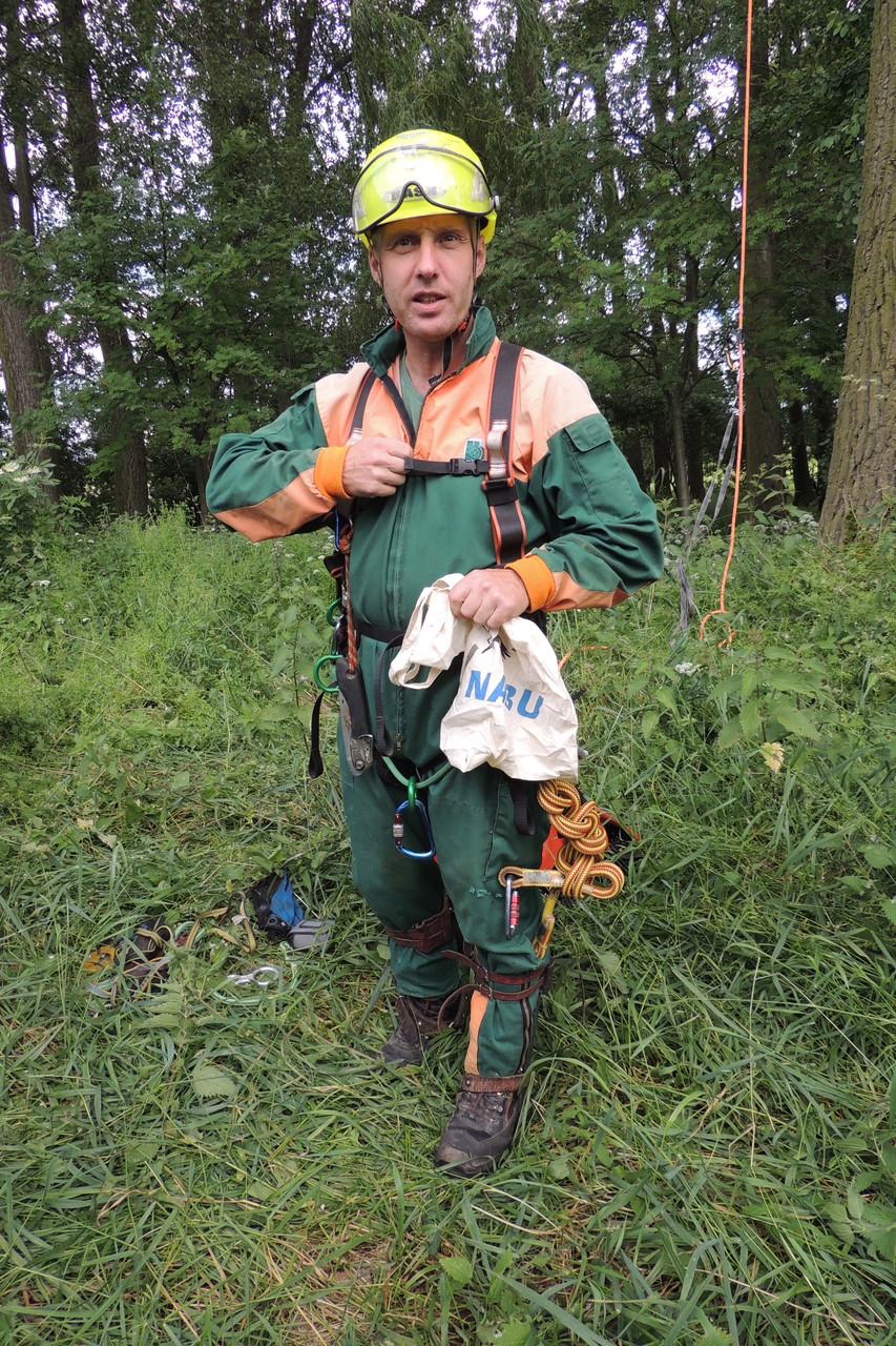 Kletterer Axel Ziehn mit Ausrüstung Foto: R. Bellstedt