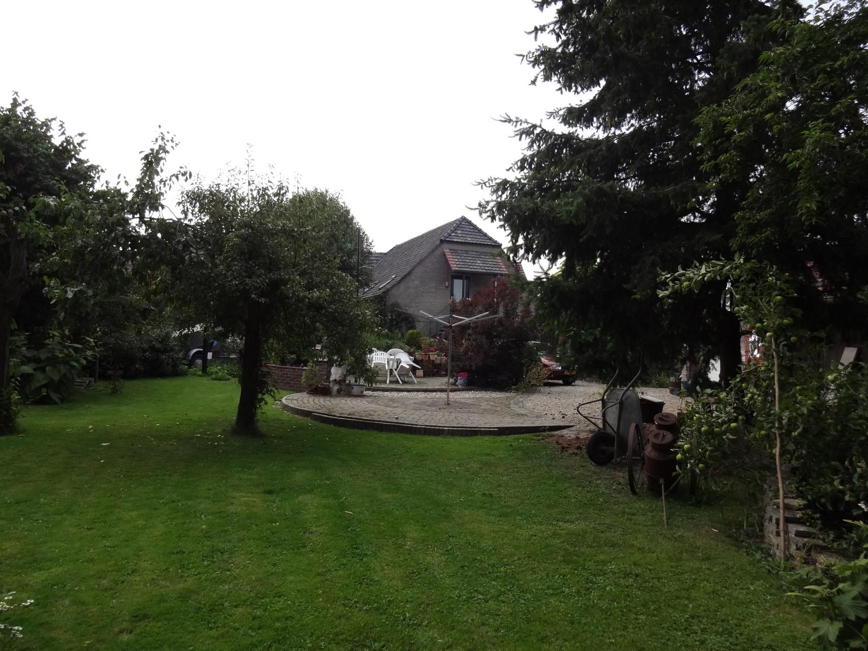 Geniet van onze ruime tuin