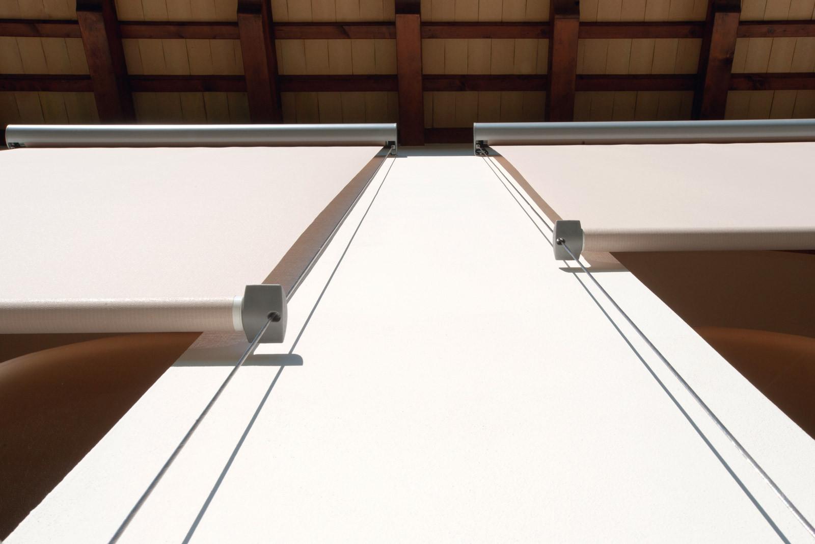 Tende a rullo esterni atelier tessuti arredamento tende tendaggi interni - Prato verticale per interni ...
