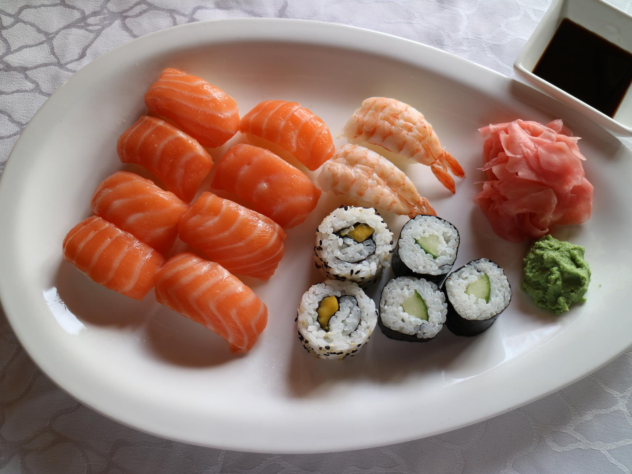 50. Großes Sushi-Set