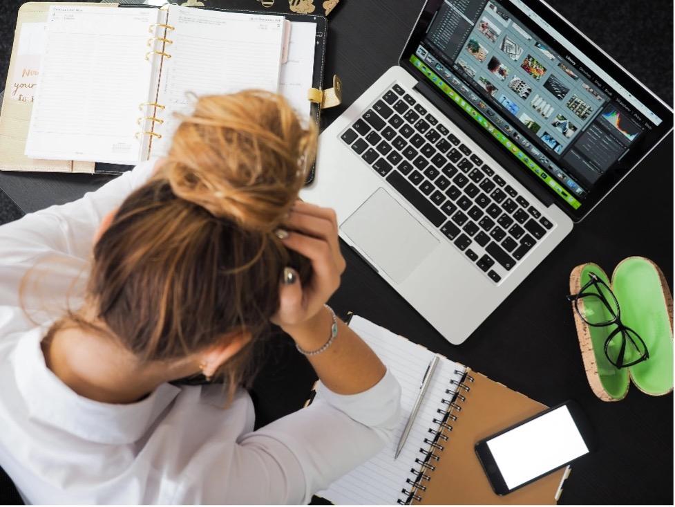 Berufsunfähigkeits-Schutz: Frauen haben mehr Stress als Männer