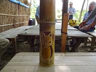 若松さんが彫った竹灯篭 猫です