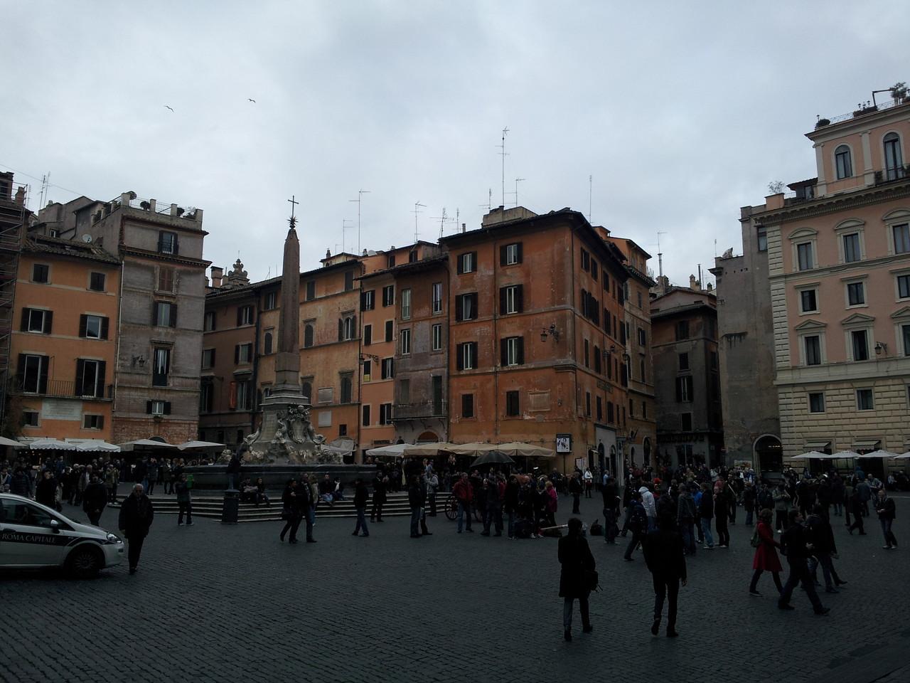 Piazza de Rotonda
