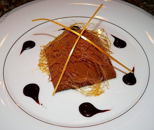 Pyramide de chocolat au tiramisu
