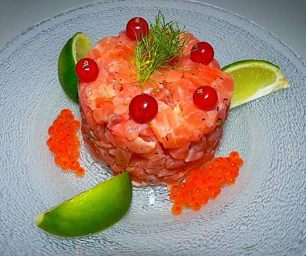Tartare de saumon & ses œufs, groseille-citron vert