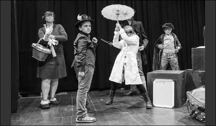 SUPERSTÜCK - Stück und Dramaturgie