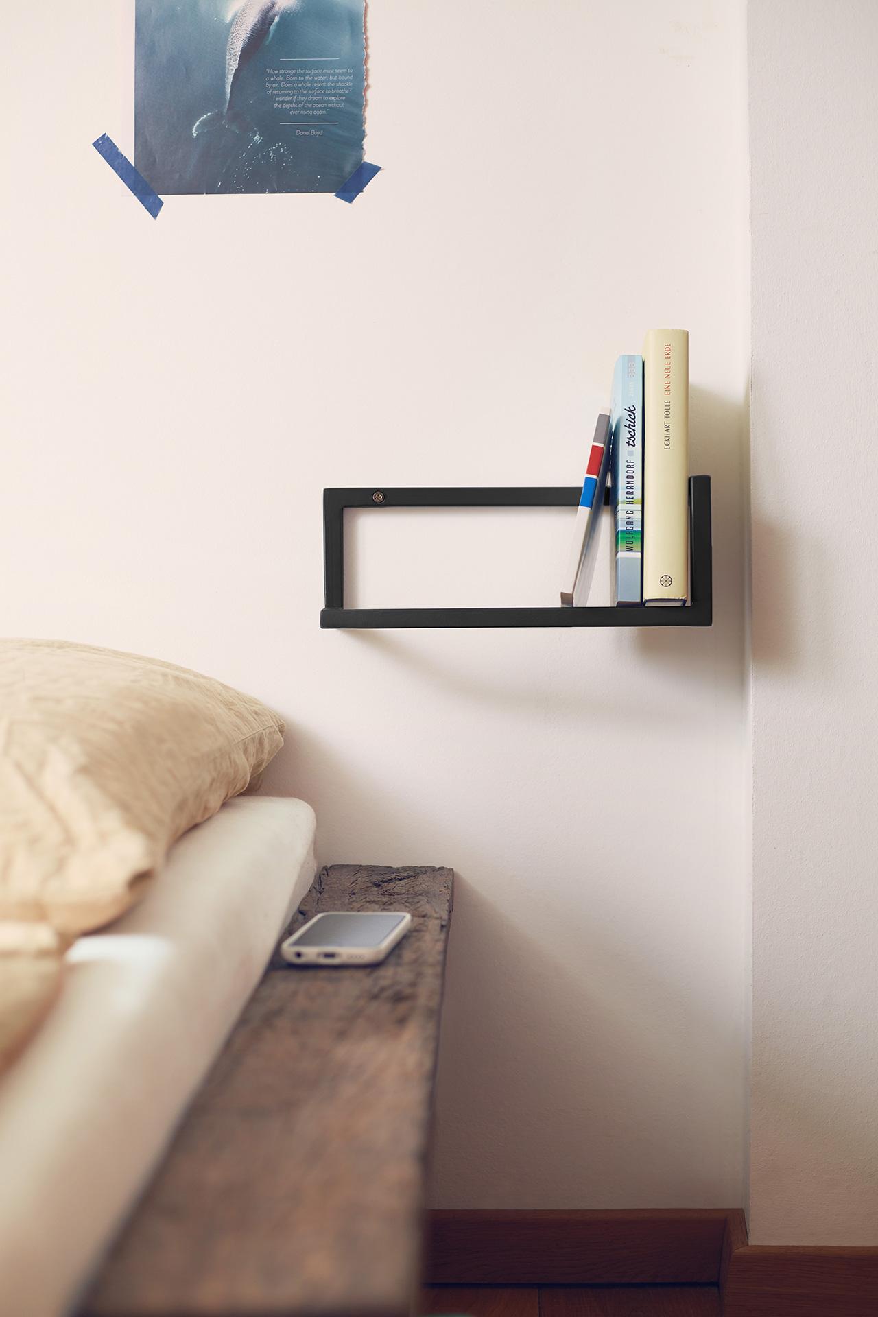 Design Studio von Dieken: Bücherhalter.