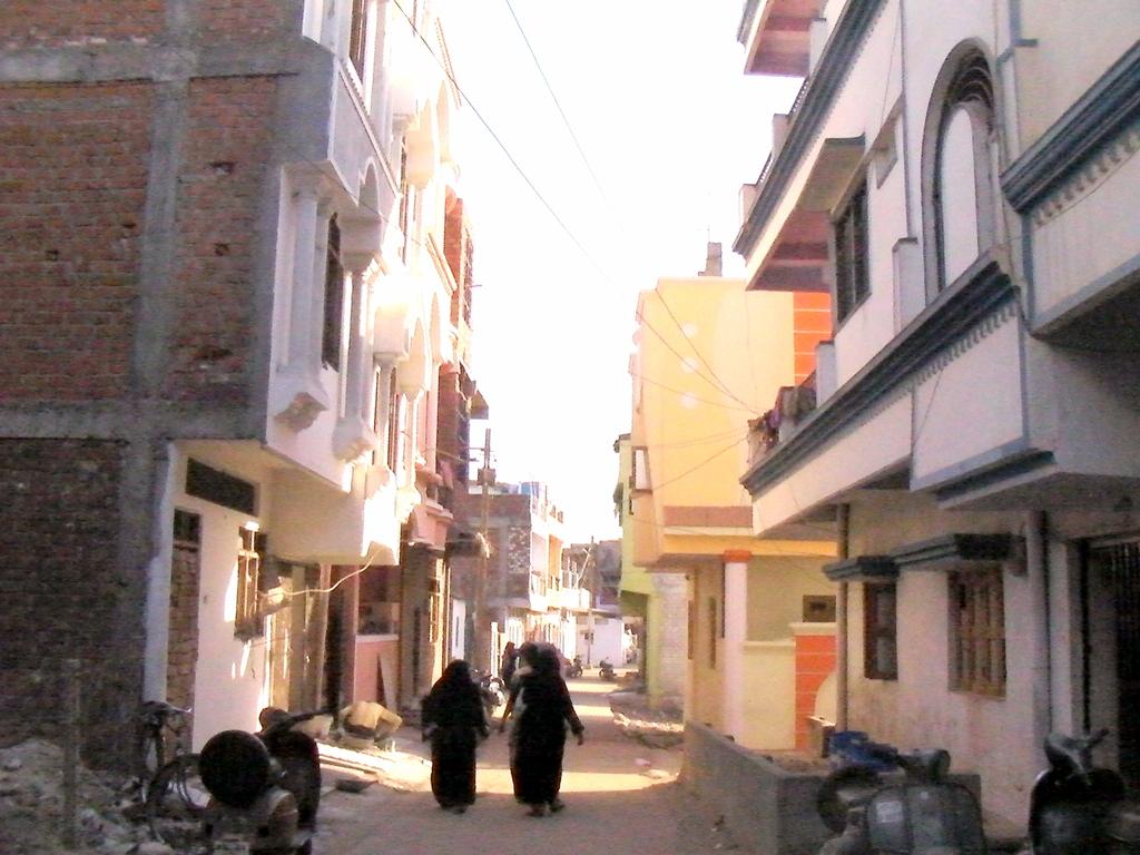 ユニオン・カーバイド社の工場はこんなムスリムの住宅街を抜けたところにあった