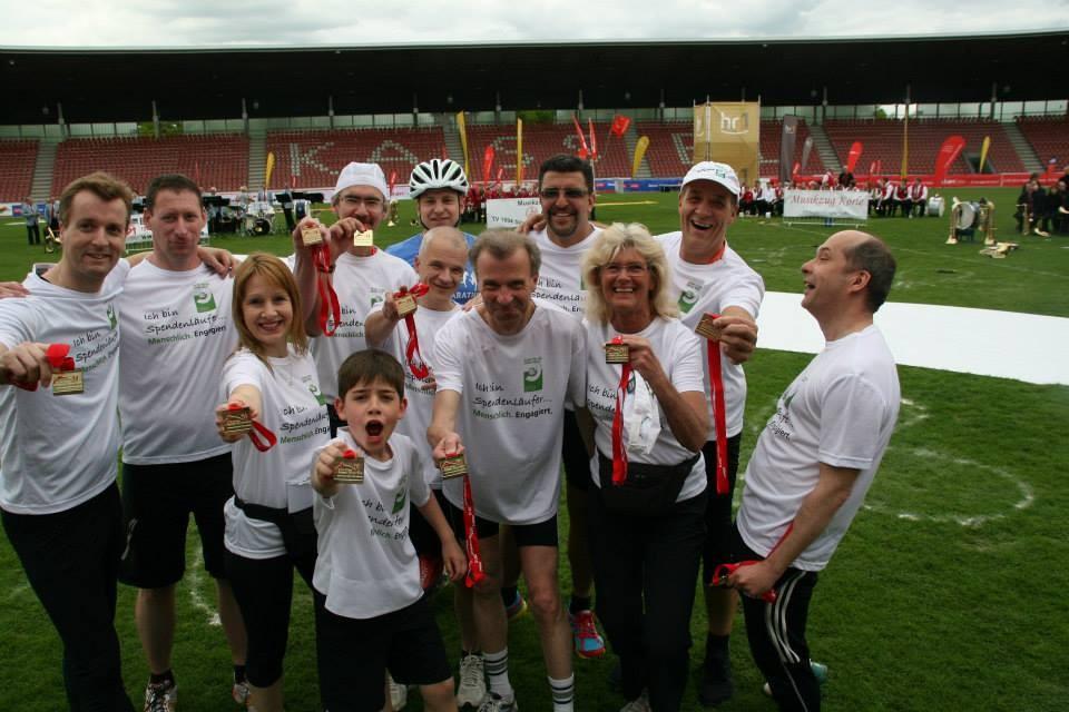 mit den spendenlauf-freunden beim e.on kassel marathon 2012