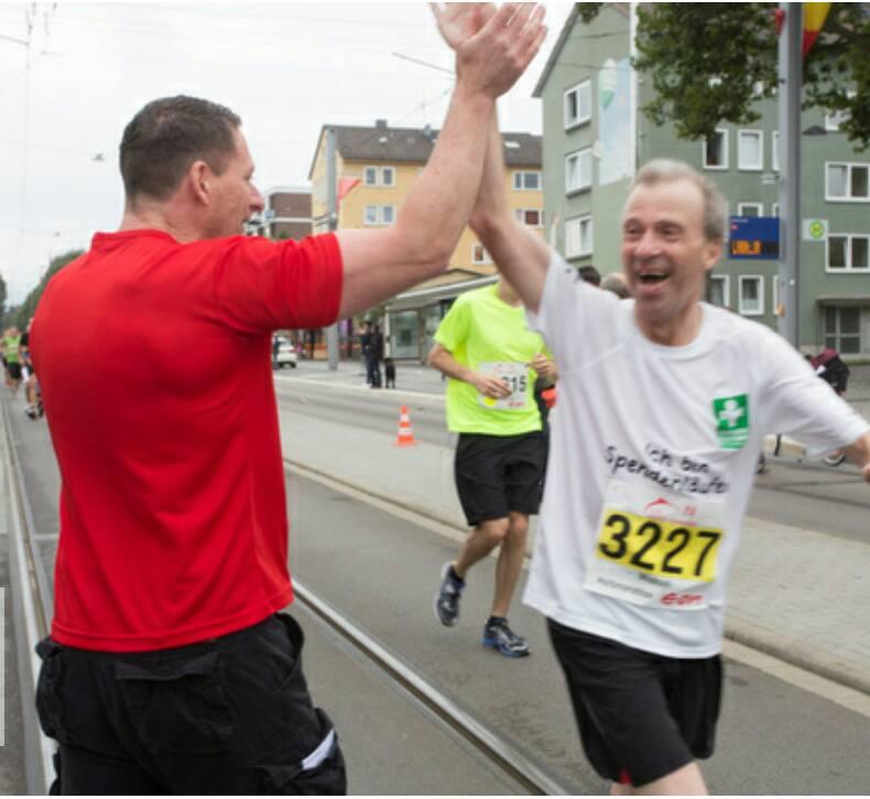 e.on kassel marathon 2016, road to 20, teil 1 am weltbesten stimmungshotspot mit meinem freund dirk von joe's garage