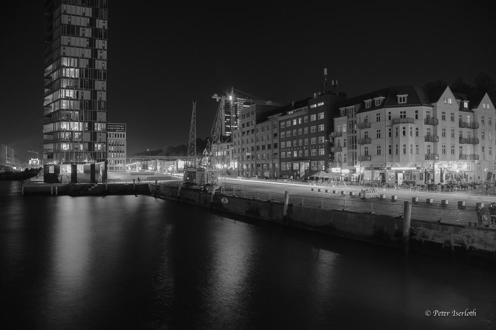 Holzhafen / Haifischbar - Hamburg - Germany