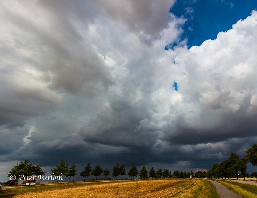 bedrohliche Wolkenfront, Schleswig-Holstein, Deutschland