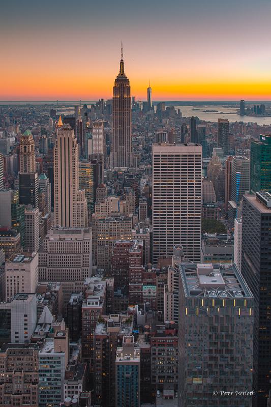 Blick auf Manhattan und Empire State Building, New York, USA
