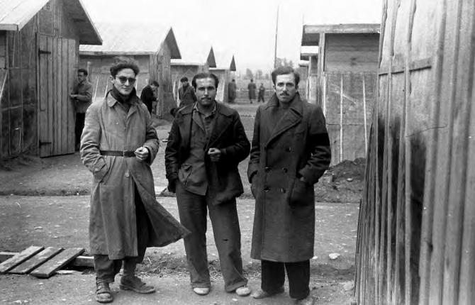 Ferrán Pujol, Antoni Martí y Agustí Centelles en Bram (1939)