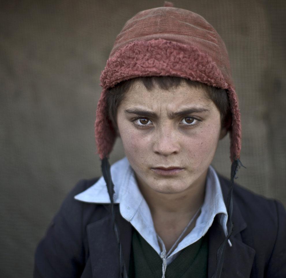 Awal Gul, 12 años.  Refugiado afgano. Muhammed Muheisen