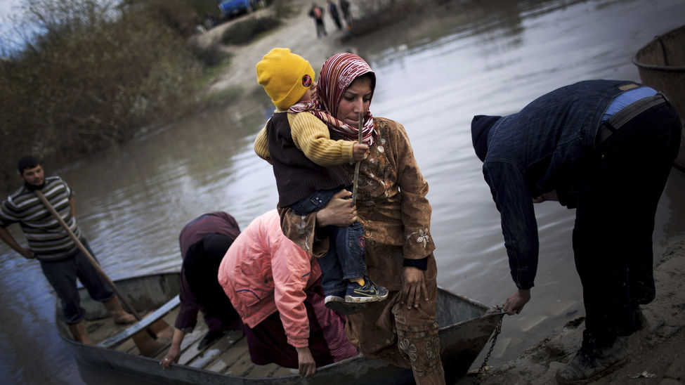 Refugiados sirios llegan a la frontera de Jordania (2012). Manu Brabo/Associated Press