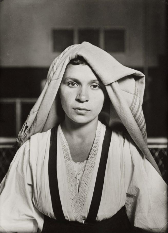 Albanian Woman. Ellis Island (1905). L. Hine