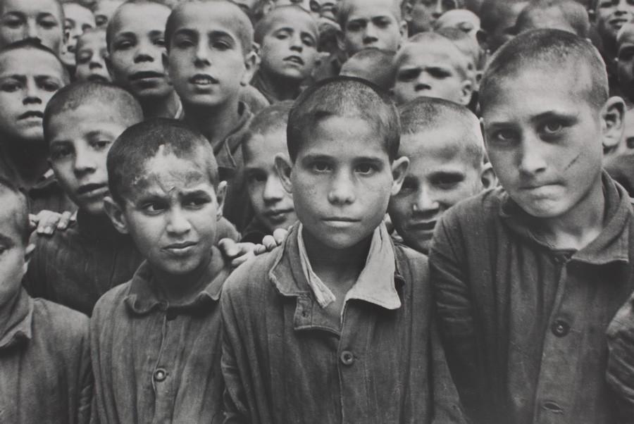 Niños en el reformatorio Albergo del Poveri. Nápoles (1948). David Seymour/Magnum Photos