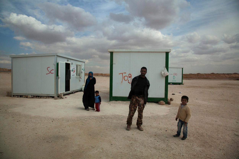 Campo de refugiados Zaatari donde los refugiados viven en pequeños contenedores de metal (2014). Lucian Perkins