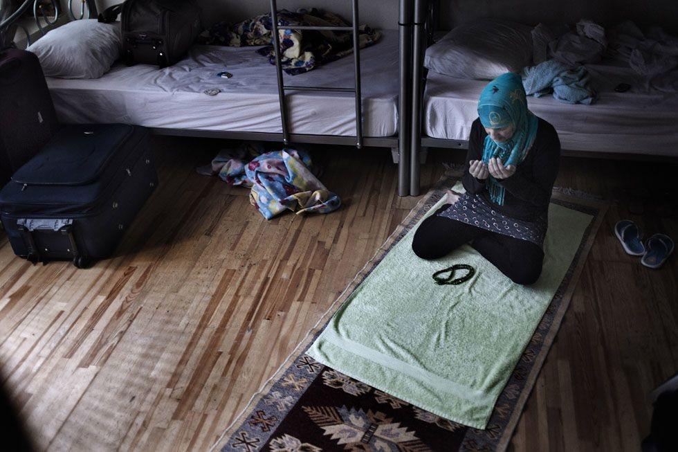 Yasemin es una mujer musulmana procedente de Sudáfrica. Vive como inmigrante en Estambul gracias a las clases de Inglés que imparte en una escuela privada (2015). Susana Girón/El País