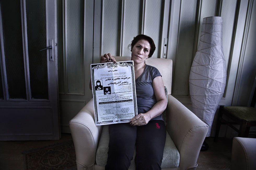 Malihe Taheri es una mujer refugiada de Azerbaiyan refugiada en Estambul desde 2003. Madre de dos hijos huyo de su país por tratar de defender los derechos de las mujeres a través de una ONG (2015). Susana Girón/El País