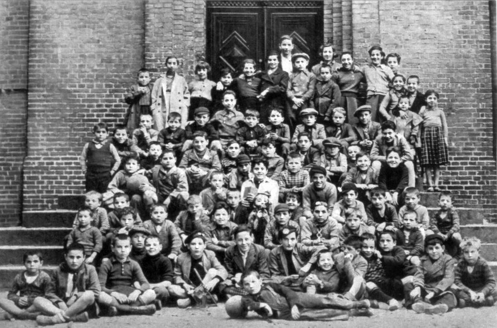 Niños cántabros, asturianos y vascos tras su llegada a Dinamarca (1937)