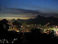 RIO á NOITE.