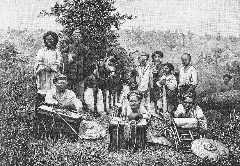 Voyage chez les Lolos. Paul VIAL (1855-1917) : Les Gni ou Gni-Pa, tribu lolote du Yun-nan. Les Missions catholiques, Lyon, tome XXV, 1893; tome XXVI, 1894.